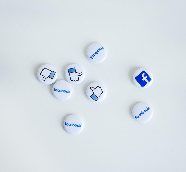 redressement fiscal Facebook